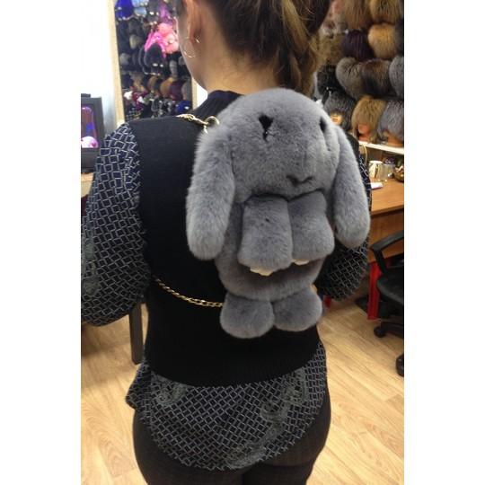 """Меховая сумка-рюкзак """"ЗАЙКА"""" серый"""