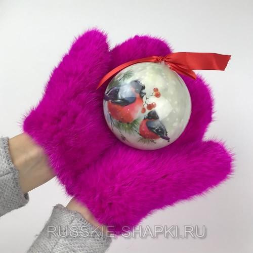 Розовые норковые варежки